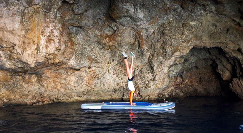 Faire du paddle dans les grottes