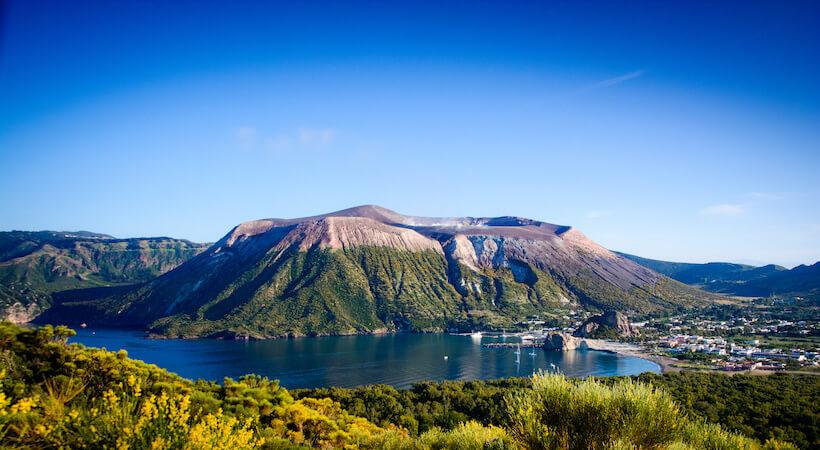 Panoramica dell'Isola di Vulcano nelle Isole Eolie