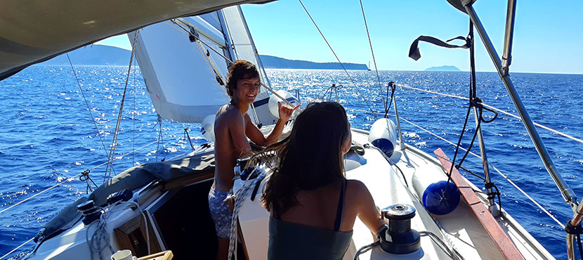 voilier qui navigue