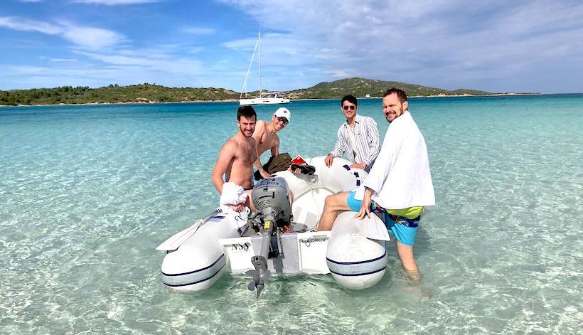 spedizione sulla spiaggia piccola tahiti
