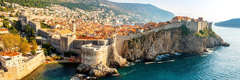 Vue de Dubrovnik et ses remparts