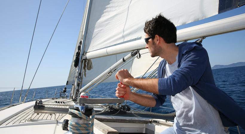 condurre barca a vela