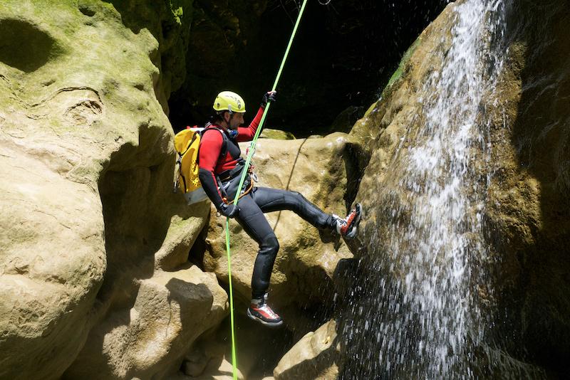 canyoning chute eau