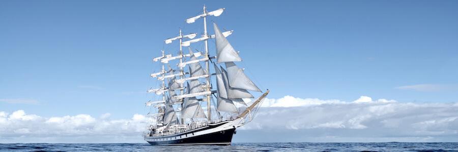 Navire en pleine expédition