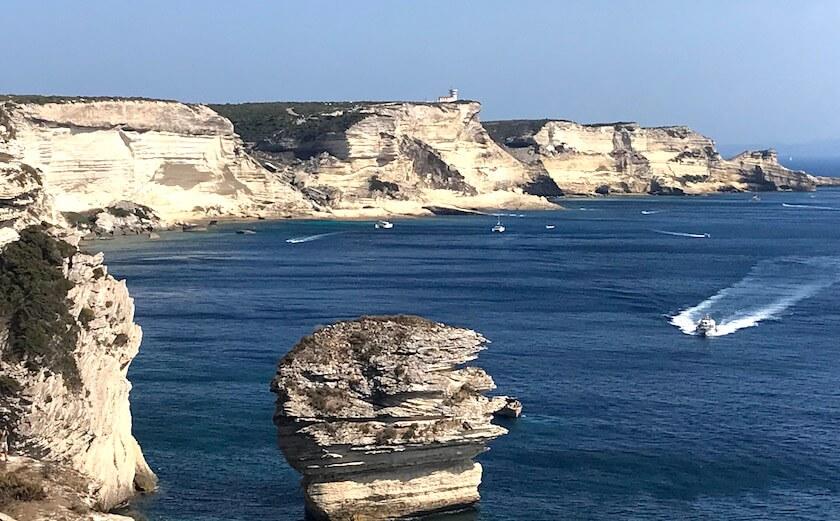 Les falaises de calcaire de Bonifacio