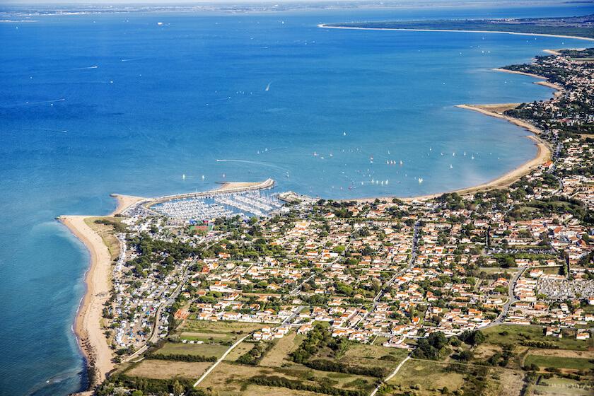 Vue sur l'île d'Oléron et le port de Saint-Denis-d'Oléron